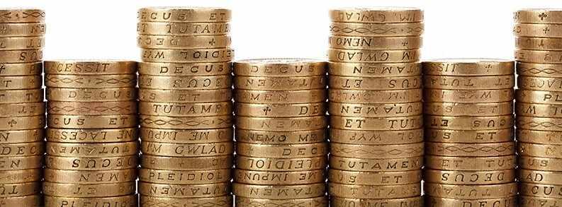 Сколько денег в золоте