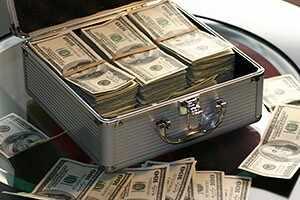 Сколько всего денег на планете