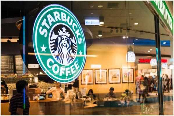 kofejnja-Starbaks